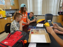hands-on experiments help students understand the science
